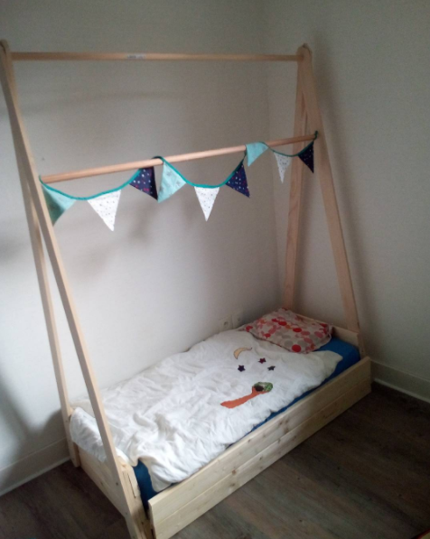 lit enfant tipi